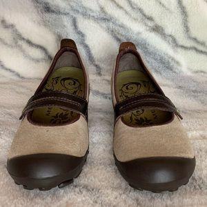 Merrell Shoes - NEW Merrell Plaza Bandeau Mary Jane
